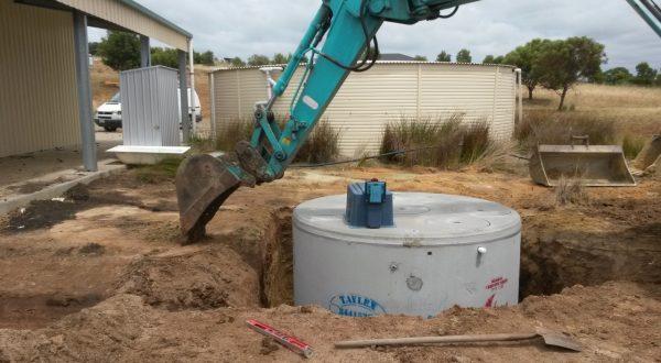 Aerobic tank installation Goolwa